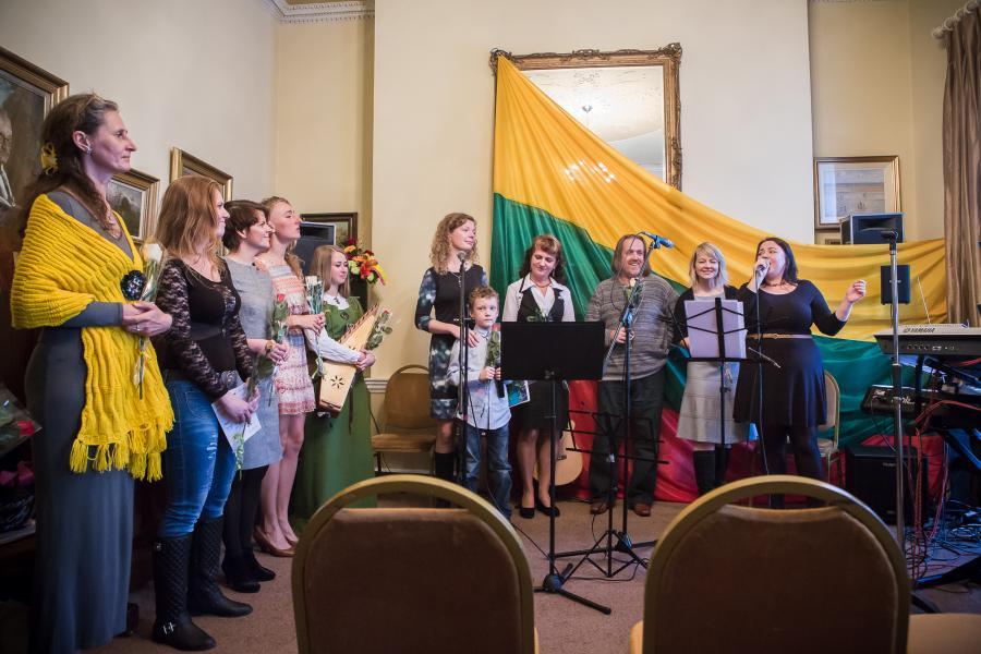 """Bernardinai.lt: Projektas """"Lietuva-Airija 2013"""" prasidėjo skambant poezijai"""